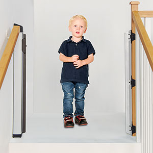 KiddyGuard Avant Boy standing on top of stairs open gate Bannisters